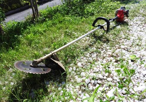 草刈り機のイメージ